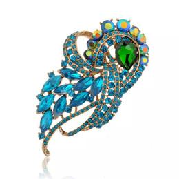 $enCountryForm.capitalKeyWord Australia - Wholesale- Fashion personality Glass Brooch Blue Hole Rhinestone conch Brooches Classic Big Glass Crystal Acryl Wedding Brooch For Women