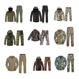 Wholesale windbreaker shell resale online – Mens Camouflage Jackets Soft Shell Coat Autumn Winter Hoodies Casual Jacket Brand Clothing Mens Windbreaker Coats Pant Sets GGA3038