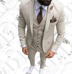beige ball suits UK - Beige Slim Fit Prom Suits for Groomsmen Wedding Tuxedos Dance Ball Dinner Blazer (Jacket+Pant+Vest)
