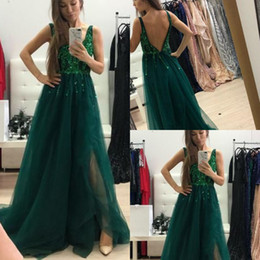long bright pink evening dresses NZ - Emerald Green Bright Sequins Prom Dresses Sexy V Neck Full Length Tulle Moss Birthday Formal Evening Party Gowns Low Backless Glitter Long