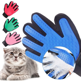 deshedding tool wholesale UK - wholesale Pet Dog deShedding Tools Cleaning Glove Cat Dog Cleaning Brush Finger Silicone Glove For Dog Scrub Bath Clean Free Shipping