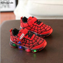 $enCountryForm.capitalKeyWord Australia - Kids Glowing sneakers With LED Spider-Man Children Sports Shoes Comfortable Baby Girls Boys Luminous Shoes Size 21-30
