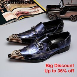unique rubber NZ - Unique Men Shoes Genuine Leather Men Loafers Fashionable Style Iron-tipped Slip-on Casual Leather Shoes For Wedding Party