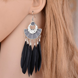 $enCountryForm.capitalKeyWord NZ - 4 Colors Bohemia Feather Earrings For Women Ethnic Metal Painting Sector Drop Earrings Fashion Jewelry E1086