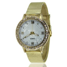$enCountryForm.capitalKeyWord UK - Fashion Women Unique Geneva Mesh Belt Rhinestone Diamond Silver Watches Gold Watch Gift for Women