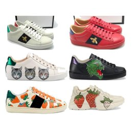$enCountryForm.capitalKeyWord NZ - 2019 Designer shoes Ace sneakers strawberry animals Big Size us5-13 Luxury embroidered white black pink with box A09