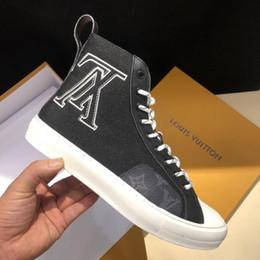 fc3768ac Zapatillas altas de lujo Nueva temporada Pisos de calidad superior Para  hombre Zapatos de diseñador famosos con materiales de lona Zapatillas con  cordones ...