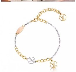 Wholesale New Fashion women Styles Stainless steel bracelet Cute Bracelets for Woman wristband luxury Pattern Ornament jewelry Best Gift
