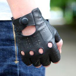 $enCountryForm.capitalKeyWord Australia - 2018 The Latest High-quality Semi-finger Genuine Leather Gloves Men's Thin Section Driving Fingerless Sheepskin Gloves M046p-5 MX190817