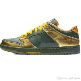 $enCountryForm.capitalKeyWord Australia - Hot 2019 Sb Dunk Pro Low Doernbecher Olive Green Gold Running Shoes For High Quality Men Women Training Sneakers Chaussures Size 36-45
