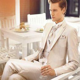 $enCountryForm.capitalKeyWord Australia - Hot Sale Cheap Elegant Custom Made Men Suit Wedding Groom Tuxedo Slim Fit Jacket 3pcs(Jacket+Pants+Vest)