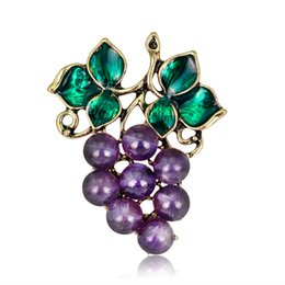 China Fruit Jewelry Fashion Personality Painting Oil Grape Brooch New Woman Brooch Pin suppliers