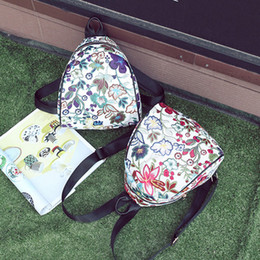 Backpack Stitching Australia - Women's Vintage Embroidered Ethnic Canvas Backpack Travel Bag Flower Backpack Stitching Bucket Bag Y417