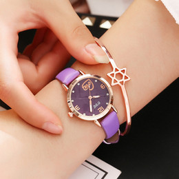 $enCountryForm.capitalKeyWord NZ - Women Love Bracelet Watches Fashion Women Casual Leather Watches Luxury Diamond Female Quartz Clock Waterproof Watch bayan saat