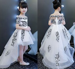$enCountryForm.capitalKeyWord Australia - Embroidered Hi Lo Flower Girl Dresses For Wedding Off The Shoulder Short Sleeve Kids Prom Dress Evening Toddler Wedding Gowns Pageant Dress