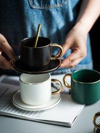 Опт Кофейная чашка блюдце с ложкой роскошный Пномпень керамическая чашка и блюдце завтрак, послеобеденный чай Чашка и блюдце лоток подарочная коробка набор