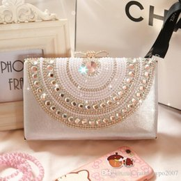 Luxury Chains Australia - Factory WholeTide High-quality Handmade Pearl Hand Bag European Luxury Diamond Chain Woman Yanbao Exclusive Custom Diamond Dinner Bag