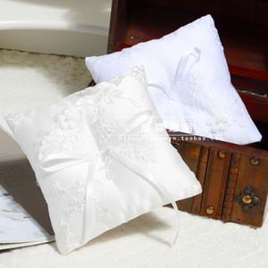 Almohadas de anillo de bodas de marfil blanco y blanco con lazo de flores de arco de flores Apliques de novia y novio Almohadas para anillos