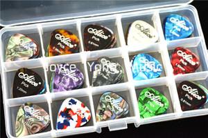 Muita 100pcs Alice Pérola Celluloid guitarra acústica elétrica Escolhas palhetas + 1 grande Escolhas suporte de plástico Caso Box