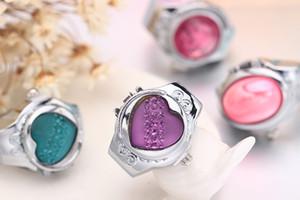 Ausdehnungsuhr Metallfinger-Ring-Uhr 925 silber überzogene Uhren Farbe Ring mit der Abdeckung arbeiten nagelneuer Diamant-Ring Liebesmetallhochzeitsring um