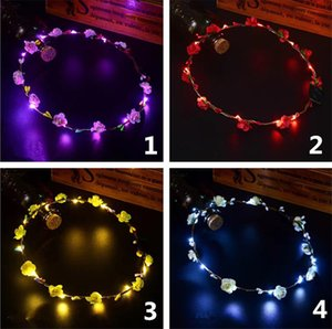 Hot LED Flash Hawaiian leis Party Supplies Garland Necklace Colorful Garland Fancy Dress Party Hawaii Beach Fun Decorative Flowers T1I201