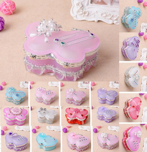 Translucent Glass Romantic 2 hearts-Shaped Jewery Box Boda creativa caja de dulces con flores Bowknot Butterfly Crystal Beads Decoraciones