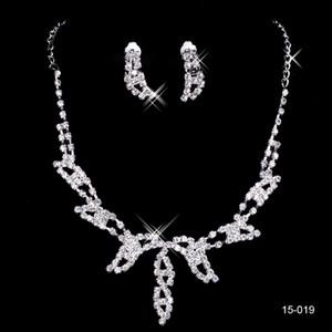Balo Parti 15019 Tasarım Şık Gümüş Kaplama Pearl Rhinestone Gelin kolye Küpe Takı Seti Ucuz Aksesuar