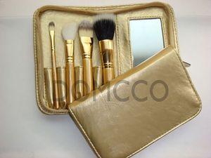 (20sets / lot) 4pcs / set Hottest Cosmetic Brushes Kit profesional del sistema de cepillo del maquillaje