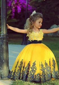 2018 Jewel vestido de baile Vestidos Pageant Applique Ribbon Bow pétala tampado mangas Sweep trem zíper cetim moda flor menina princesa festa