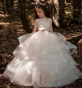 Árabe 2019 Floral de encaje de flores Vestidos de niña Vestidos de baile Vestidos para niños Vestidos de tren largo Hermosos y pequeños niños Vestido FlowerGirl Formal 111