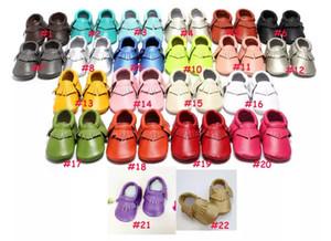 Zapatos de bebé Mocasines de cuero genuino Zapatos de bebé de flecos de Moccs suave Bebé recién nacido primer andador Zapatos de bebé antideslizante