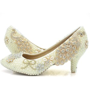 2020 Beautiful Ivory Wedding Shoes 6cm Middle Heel Bridal Party Prom Shoes Rhinestone Phoenix Platforms Beads Mother of The Bride Shoes