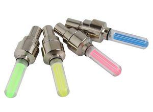 Lumières de roue de vélo Vélo de voiture LED Flash Light 5 couleurs Lampe de tige de valve de tige Lampe de roue de moto