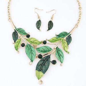 Neue 2015 Mode Einfachen Metall Painted Foliage Halskette Ohrringe Set Frauen Schmuck-Set Modeschmuck Großhandel