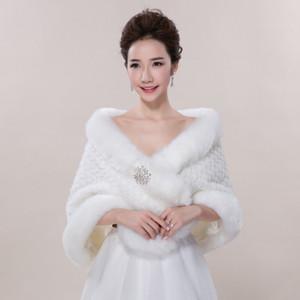 Nueva chaqueta nupcial del mantón de la piel sintética de las envolturas para el baile de bodas Ivory Winter Warm Rhinestone de dama de honor Bolero caliente venta 2017