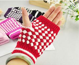 Winterwärme Hochwertige Damen- und Herrenwolle Fingerlose Handschuhe Computer-Schreibhandschuhe Ananas-Zauberhandschuhe Ananas-Halbhandschuhe dot
