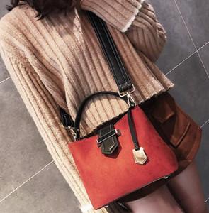 Wide shoulder straps frosted bucket bag women's autumn and winter new fashion hit color handbag wild shoulder Messenger bag