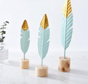 3 Pçs / set Pequeno Médio e Grande Nordic Minimalista Pena De Ferro Escultura Sala de estar Decoração Do Quarto Ornamento Da Tabela