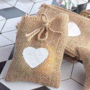 12 Pcs / lot Cuore Wedding Candy bag Rustico tela Pouch Party Accessori da sposa