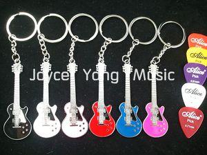 Viele 6pcs LP Style E-Gitarre Keychain + 50pcs akustische elektrische Gitarren-Auswahl Plectrums Freies Verschiffen Whole