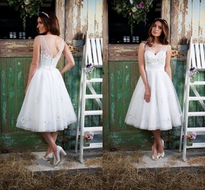 Tea Length Cheap Wedding Dress A Line Tulle Vestidos De Noiva Back Zipper V Neck Applique Beading 2016 Summer Modern Bridal Gowns