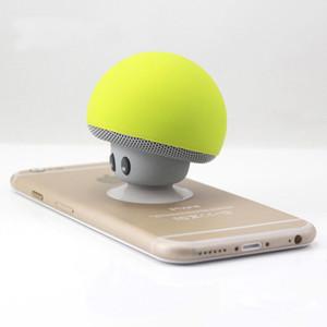 coloré main portable mini champignon stéréo stéréo champignon haut-parleur de champignon avec micro pour acoustique domestique et extérieure DHL gratuit