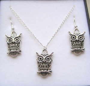 MIC Antique silver *Owl* Gift Set Necklace Earrings Jewelry Set (291)