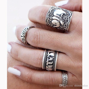 4PCS Vintage Punk Ring Set Unique Tallado Antique Silver Elephant Totem Leaf Lucky Rings para mujeres Boho Beach Jewelry