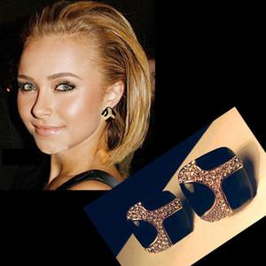 송료 무료 Womens Retro Noble 에나멜 모조 다이아몬드 귀걸이 장식 스터드 A1080