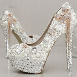 Più nuovo stile Stunning Strass Pearl Wedding Shoes Crystal Pride Pedding tacco alto pompe Dress Pearl incinta pompe Shoes