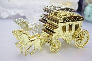 Stili europei romantico Wedding di caramella di cioccolato dorato Carriage Candy Holder regalo Borse favore di cerimonia nuziale il trasporto libero