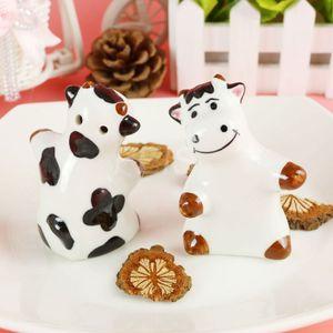 FEIS al por mayor vaca CERAMIC SAL PEPPER SHAKERS favor de la boda suministros de cocina menaje de cocina Sazonador Ceramic Cruet