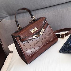 2017 Vente Chaude top qualité en cuir populaire marque de mode design Style élégance livraison gratuite Corssbody Flap Sac sac à bandoulière
