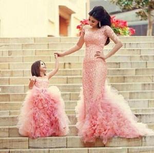 2019 ярко-розовый кружевной костюм для матери и дочери с рюшами с драгоценными камнями на шее с застежкой-молнией сзади Цветочные платья для девочек Дешевые платья Вечерняя одежда